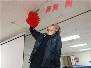 Học sinh Wisconsin Lutheran High School tận hưởng không khí tết Châu Á